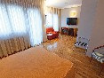 El hotel (2)