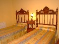 habitación dos camas Casuca Juan