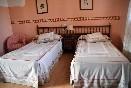 Habitación doble planta baja dos camas