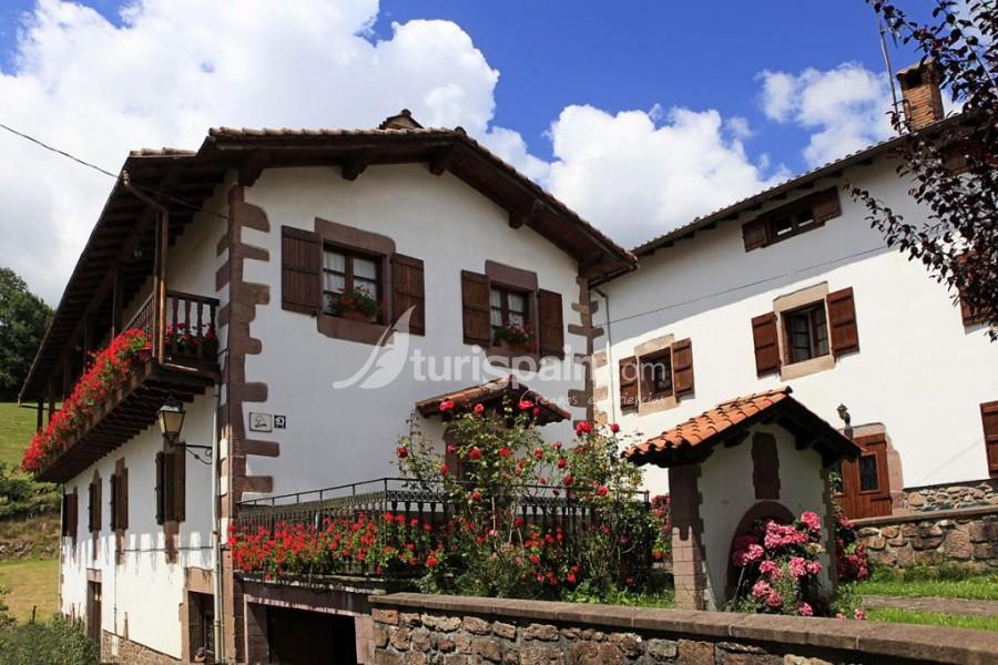 Casa miguelenea