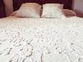 Detalle cama matrimonio