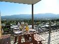 Resort top presta vistas
