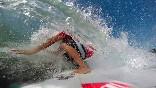 Escuela-cantabra-de-surf-entre-olas