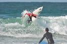 Escuela-cantabra-de-surf-disfrutando