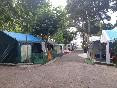 Calles en el camping o raso