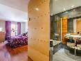 Sansi-diputació-habitación-con-baño
