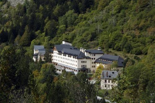Hotel Manantial