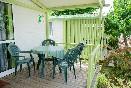 Otra del porche  bungalows verdes