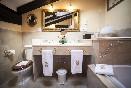 Hotel-palacio-la-peña-suite-williams-baño