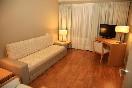 Junior suite espacio equipado con televisión