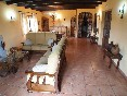 Casa-rural-valdrefresno-salón-con-amplios-espacio