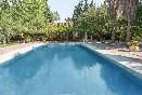 Cortijo-los-monteros-piscina-y-jardín