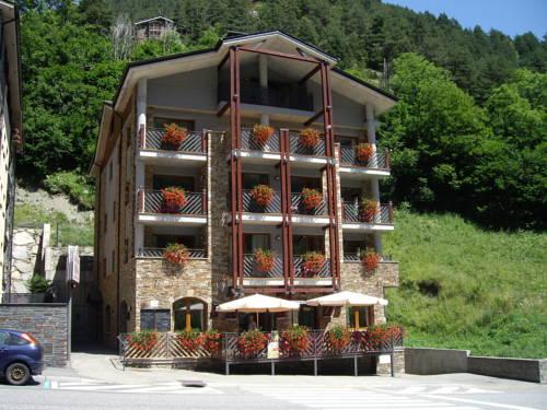 Apartaments Turístics Sant Romá