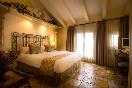 Cesar bedroom