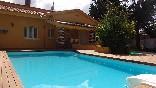 Azabache-piscina