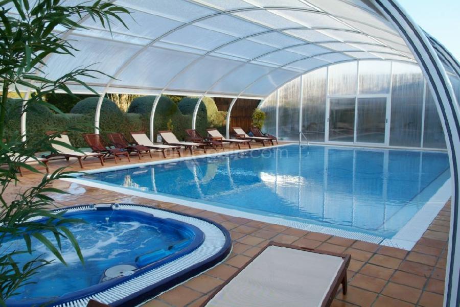 la piscina cubierta