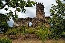 Castillo de Tejeda. Cuando lo veas ya no estarás muy lejos de la casa rural Casa Salva.