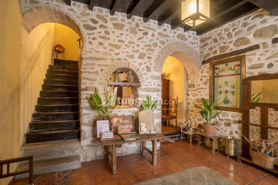 Casa-rural-churruca-escalera