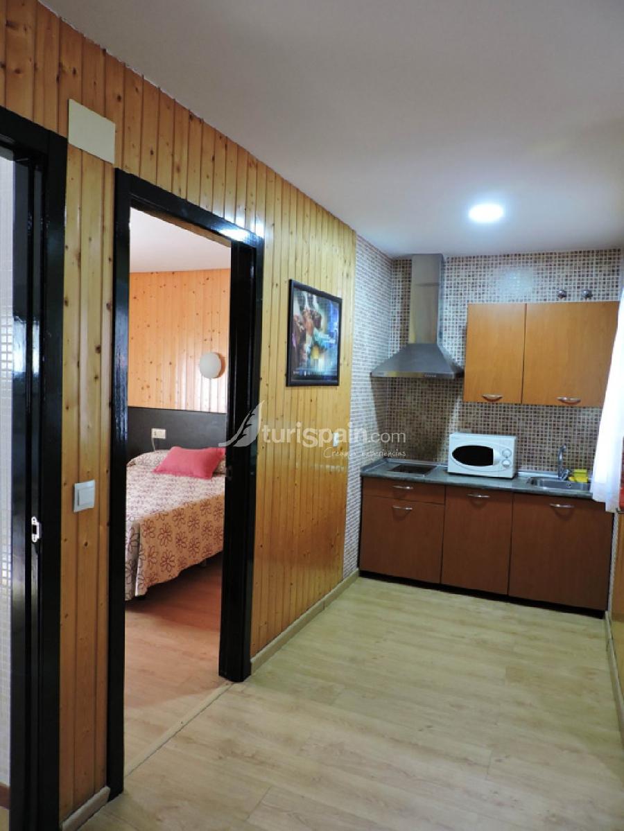 Bungalow-1-dormitorio-cama-cocina--549661711