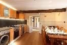 Lascasonasdedonpedro-celada-cocina-amplios-espacios