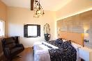 Lascasonasdedonpedro-habitación-madera-diseño-lámparas