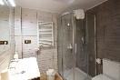 Lascasonasdedonpedro-baño-con-ducha