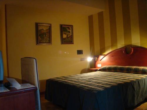 Hostal Residencia Sotopalacio