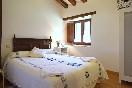 Habitación con cama de matrimonio de Río de Lunada I