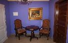 Habitación violeta espacios