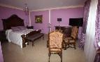 Habitación rosa comodidad