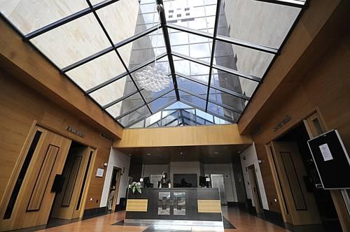 Hall88 Apartahotel