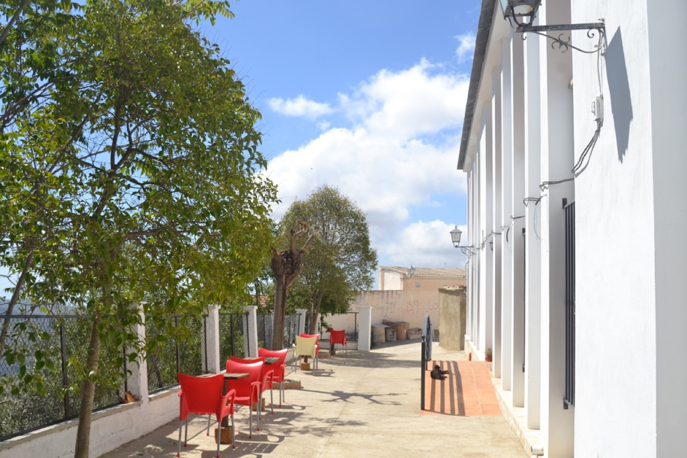 Hostal y terraza