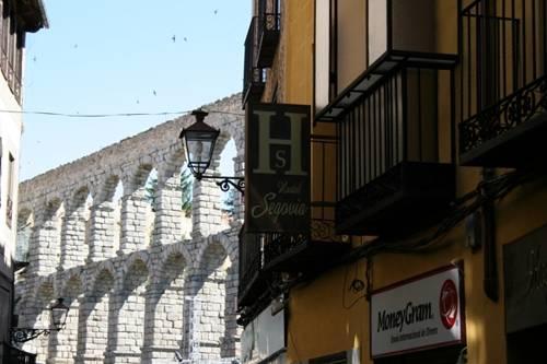 Hostal Segovia