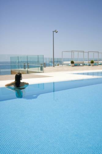 Holiday Hydros