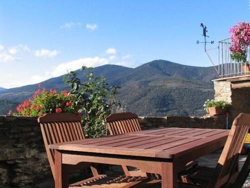 Holiday home Era De Cal Tonico