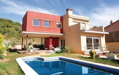 Holiday home Roda de Bara
