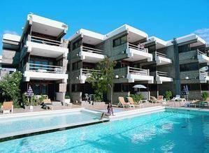 Apartamentos El Paseo