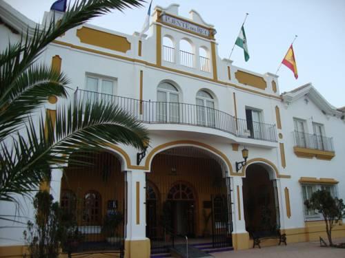 Hotel Puente del Rey Alojamientos Rocio Doñana