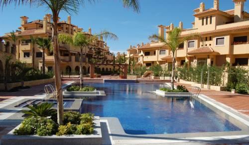 Apartamentos Isla del Fraile Resort