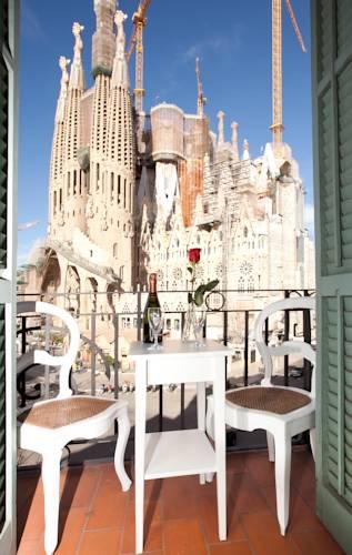 Centric Apartment Sagrada Familia