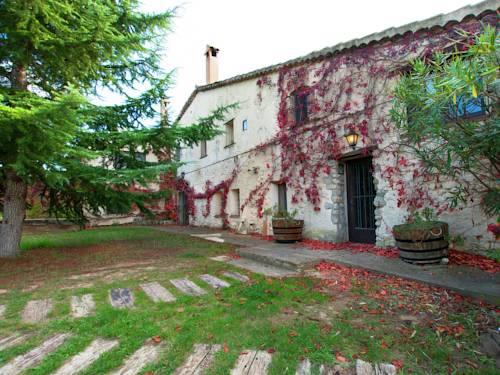 Holiday Home El Celler De L Olivera Subirats