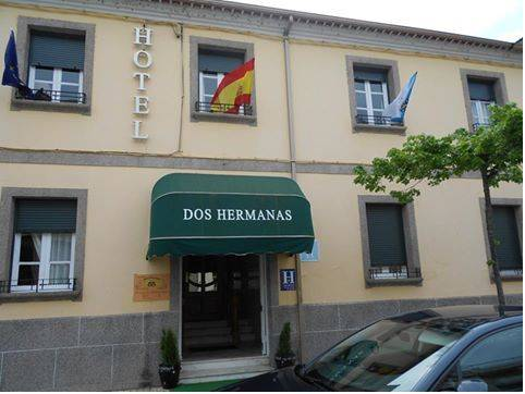Hotel Dos Hermanas