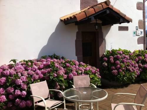 Casa Rural Eguzkialde