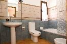 Baño con bañera villa don rodrigo