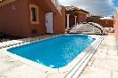 La piscina villa don rodrigo