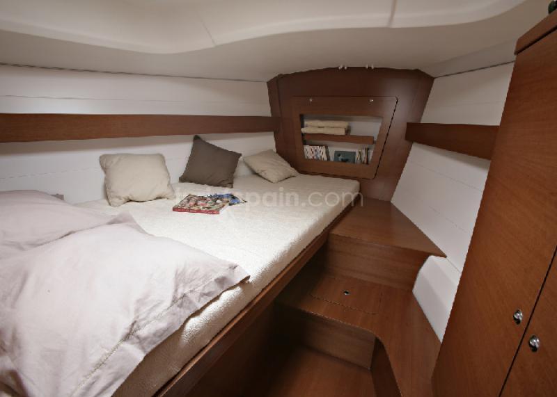 D375-cabine-avant1