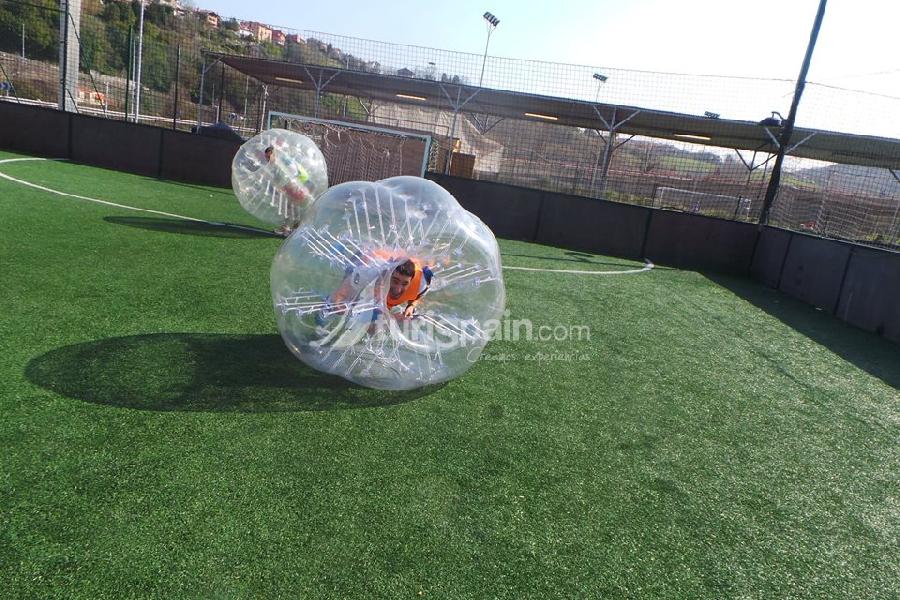 Bubble football (4)