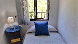 Dormitorio con cama de 1.05 cm.