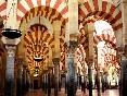 Córdoba-a-pie-mezquita-arcos