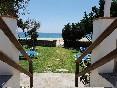 Apartamentos-isabel-acceso-playa